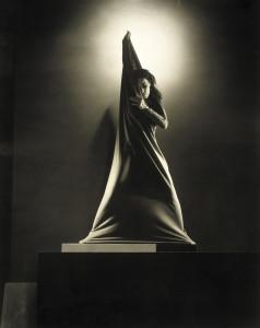 Edward Steichen - Martha Graham (1931)